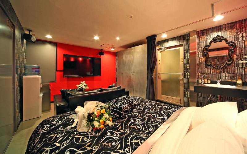 Room806
