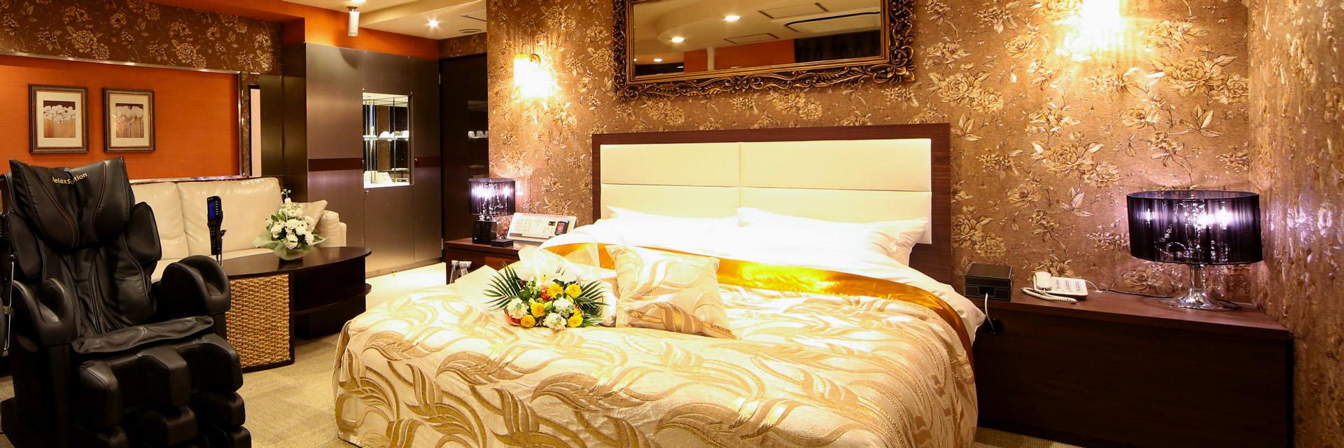 Room903
