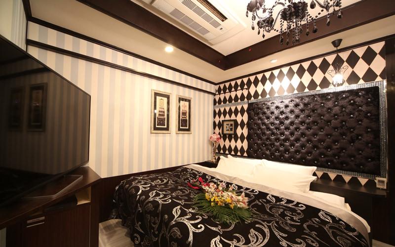 room703